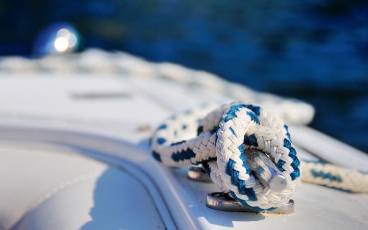 Olinowanie jachtu