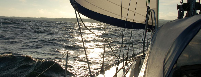 Jacht podczas rejsu