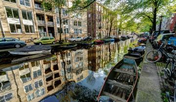 Łódki na kanale