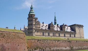 castle-2431832_1920