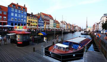 Barka na kanale w Kopenhadze