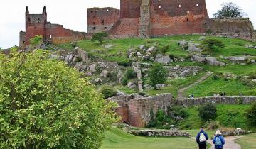 nordic-walking-on-bornholm-1386750_2