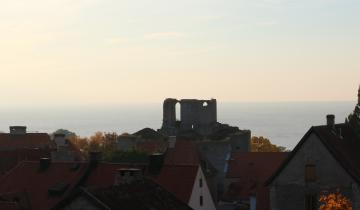 the-old-castle-of-visby-gotland-1630820